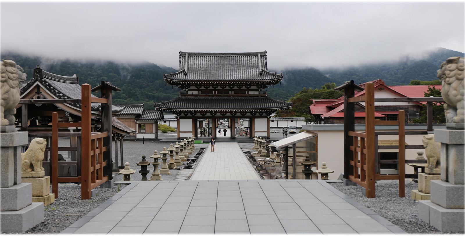 一個人的日本大縱走🚃遠得要命的日本三大靈場「恐山」 賞絕景也練膽量!